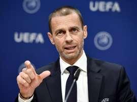 O objetivo prioritário da UEFA é levar todas as competições até o fim. AFP
