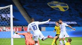 Mbappé regala la vittoria alla Francia. AFP