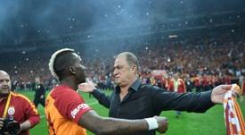 Galatasaray conserve son titre, son 22e sacre, après un match émaillé d'incidents. AFP