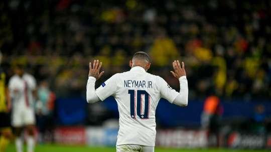 Neymar prépare ses valises pour revenir au Barça. AFP