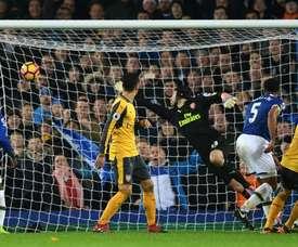 Ashley Williams inscrit le but de la victoire pour Everton face à Arsenal, le 13 décembre 2016 à Liverpool
