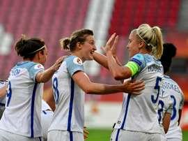 Les Anglaises restent sur une large victoire sur l'Ecosse à l'Euro, le 19 juillet 2017 à Utrecht.AFP