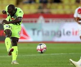 Bahoken decidió el encuentro con su gol. AFP