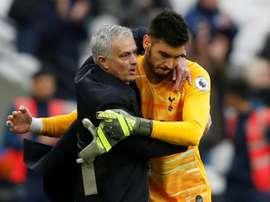 Mourinho praised Gazzaniga. AFP