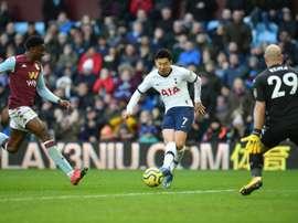 Nos acréscimos, Son dá a vitória ao Tottenham de Mou. AFPALDER
