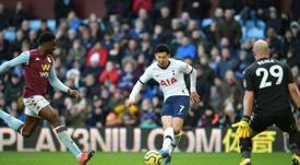 Son, que marcó dos goles, decidió que el triunfo fuera para los 'spurs'. AFP