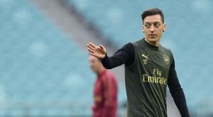 O DC United avança por Özil. AFP