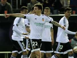 L'attaquant de Valence Santi Mina après un but en Europa League face lAthletic Bilbao. AFP