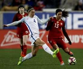 La défenseure internationale anglaise Lucy Bronze lors d'un match contre les Etats-Unis. AFP