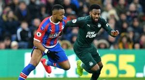 L'idée de jouer sur terrain neutre en Premier League prend du plomb dans l'aile. AFP