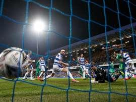 Etienne Capoue (3d) buteur lors de la victoire 1-0 sur le terrain des Queens Park Rangers. AFP