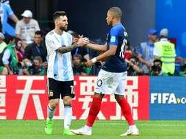 Mbappé s'est exprimé au sujet de Messi. AFP
