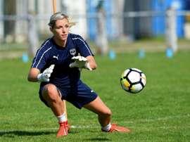 La gardienne des Girondins Erin Nayler espère plus de visibilité pour le football féminin. AFP
