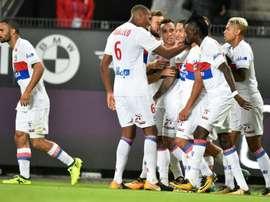 O Lyon bateu o Rennes por 1-2. AFP