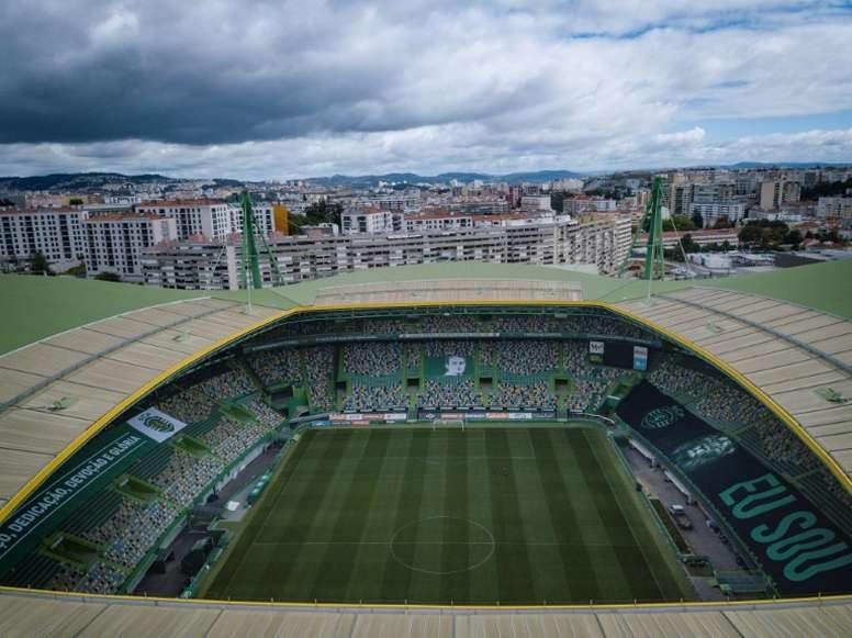 Lisbonne reconfinée, la Ligue des champions menacée. AFP