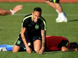 L'attaquant brésilien Neymar lors d'une séance d'entraînement le 1er août 2016 à Brasilia. AFP
