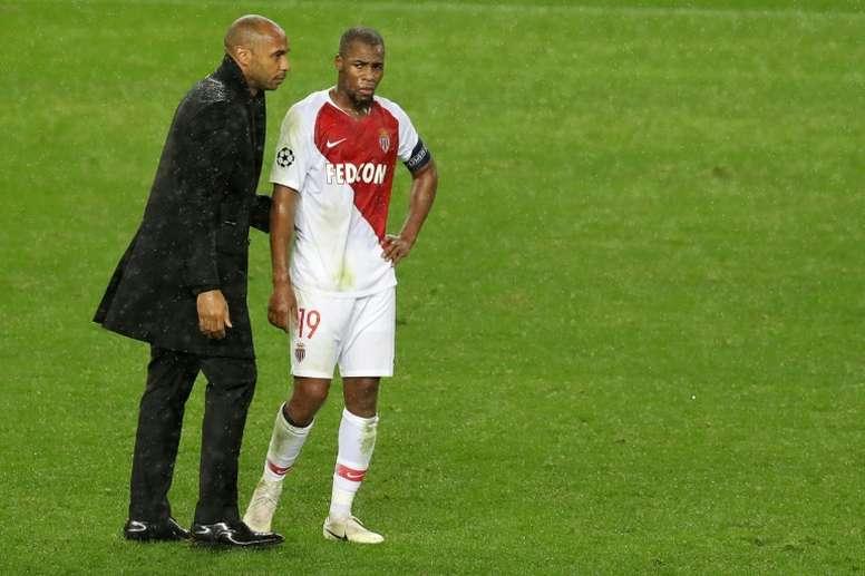 Henry, decepcionado tras el 0-4. AFP