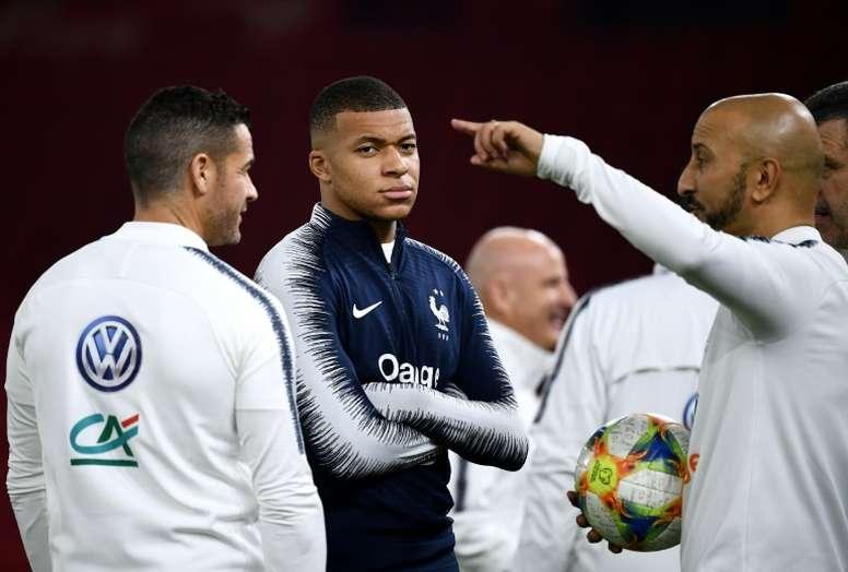 Los jugadores volverán a entrenar pronto. AFP