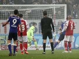 Schalke enchaîne avec une victoire dans ce match de Bundesliga. AFP