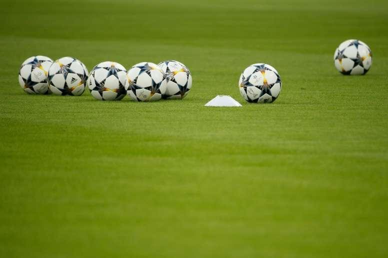 Ligue 2: le leader Lorient chez le dernier pour conserver la tête