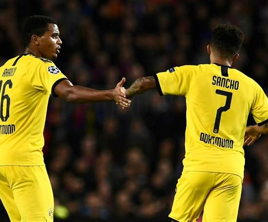 Borussia multa seus jogadores. AFP