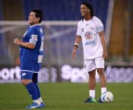 Ronaldinho dreams of playing in Maradona's Gimnasia. AFP
