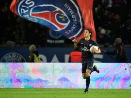Cavani firmó un doblete para lograr la igualada ante el Niza. AFP
