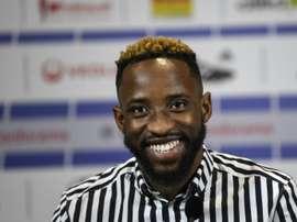 Moussa Dembélé, transféré du Celtic Glasgow à Lyon en conférence de presse. AFP