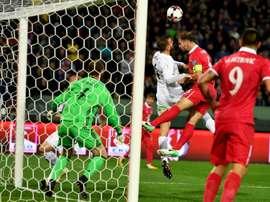 Le capitaine Ivanovic et la Serbie disputeront le Mondial après leur succès sur la Georgie. AFP