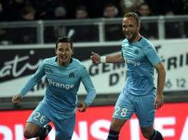 Thauvin celebra uno de sus goles ante el Amiens. AFP