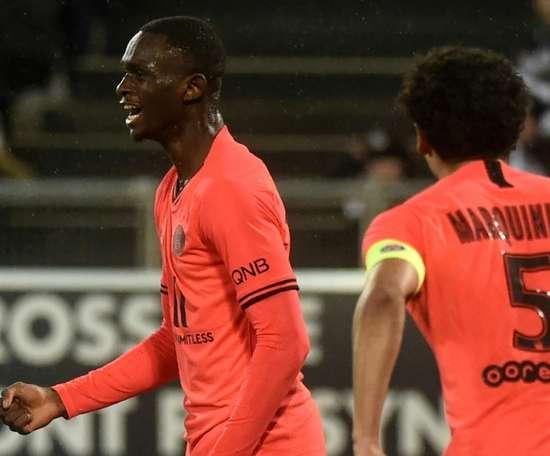 Sem Neymar e Mbappé, PSG sofre contra o vice-lanterna. AFP