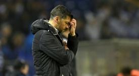 Conceição, desiludido com a derrota aos pés do Liverpool. AFP