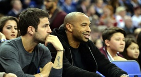 Fábregas explicó que en Henry insistió mucho para que fichase por el Mónaco. AFP