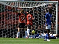 Lorient fête son retour en Ligue 1 avec une victoire. AFP