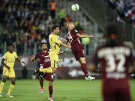 PSG quer esquecer derrota da Champions e vencer a Ligue 1. EFE