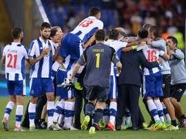 Les joueurs de Porto fêtent leur qualification en phases de poules de la Ligue des champions face à lAS Rome, le 23 août 2016 à Rome