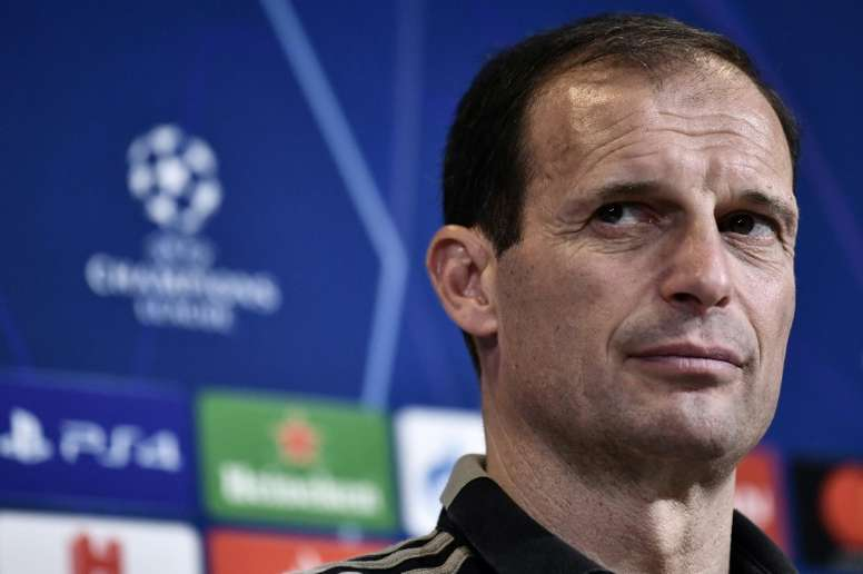 Allegri could replace him. AFP