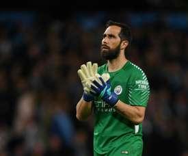 Valdívia explica ausência de Bravo na Copa América. AFP