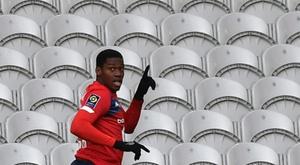 Jonathan David espera confirmar en Celtic Park su paso adelante. AFP