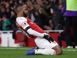 El Arsenal se mantiene sexto en la Premier. AFP