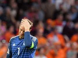 Neuer mostró su tristeza por la derrota. AFP