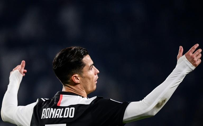 Juventus gana y salta a la cima del Calcio
