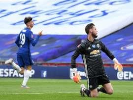 David de Gea teve falha grave contra o Chelsea pela semifinal da Copa da Inglaterra. AFP