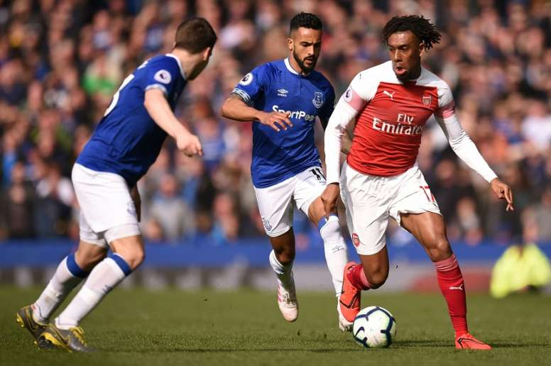 Arsenal will not let Iwobi leave to go to Everton. AFP