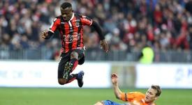 Le milieu ivorien Jean Michaël Seri, lors du match contre Dijon, le 18 décembre 2016 à Nice. AFP
