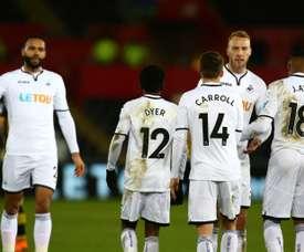 El Swansea se llevó el partido por 2-0 y se metió en los cuartos de final. AFP
