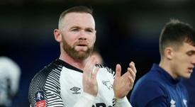 Rooney se retiró. AFP