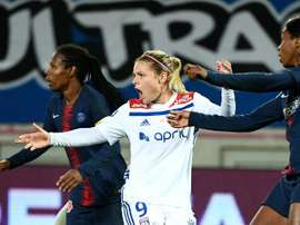Eugénie Le Sommer retrouvera le PSG en quarts. AFP