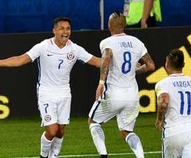 Vidal e Vargas fizeram os gols do Chile nesta partida. AFP