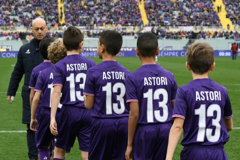 Le superbe hommage de l'Italie à Davide Astori (photos & vidéo)